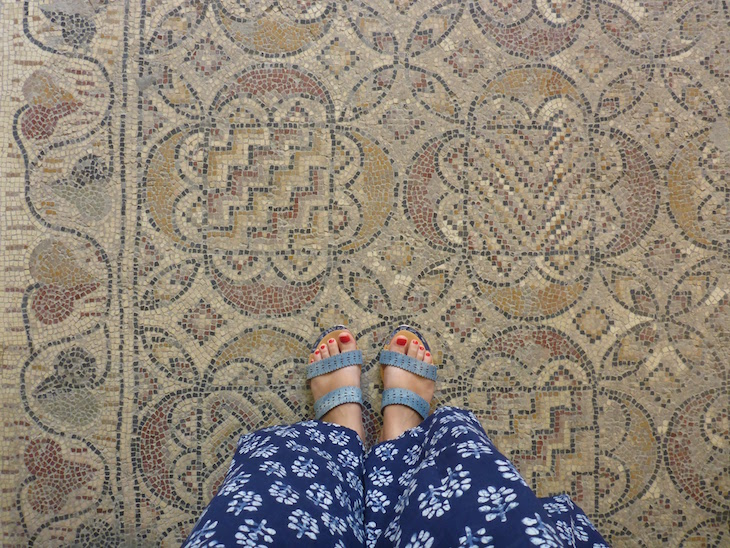História sob os pés! No Museu do Bardo, Tunísia © Viaje Comigo