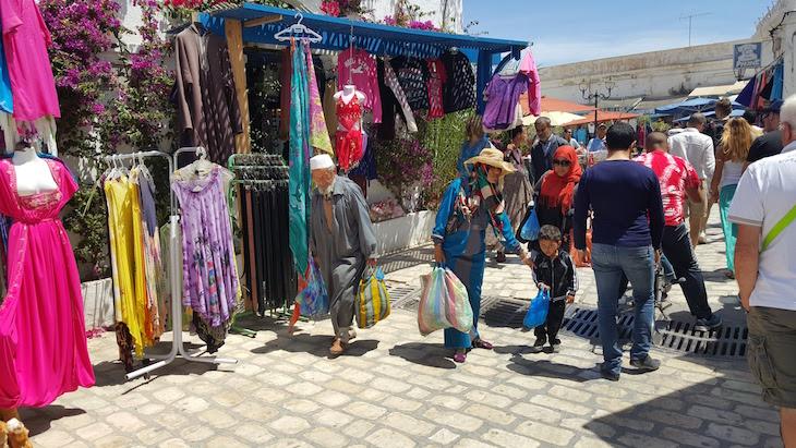 Lojas na Medina de Djerba, Tunísia © Viaje Comigo