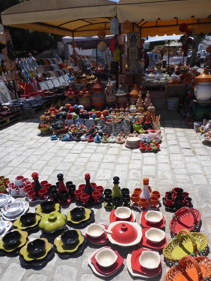Louça na Medina de Djerba, Tunísia © Viaje Comigo
