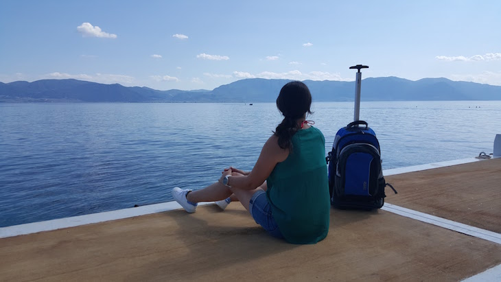 Mochila Totto na Grecia © Viaje Comigo