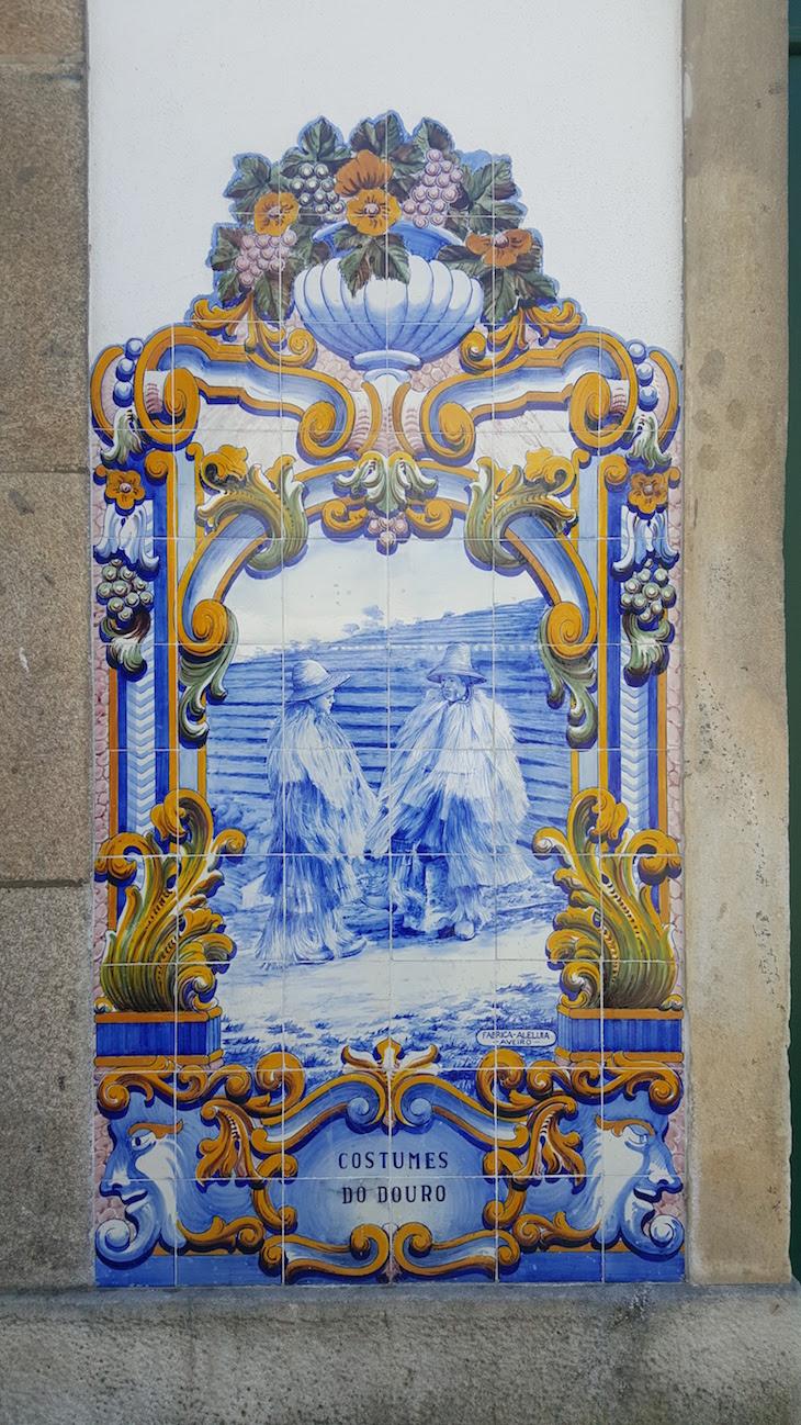 Painéis de azulejos da Estação do Pinhão © Viaje Comigo