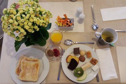 Pequeno almoco do Airotel Stratos Vassilikos Hotel, Atenas, Grécia © Viaje Comigo