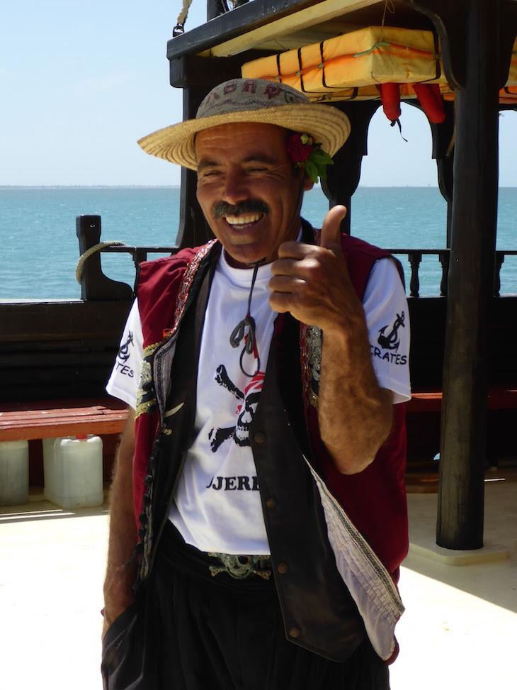 Barco de piratas - Ras R'Mal - Ilha dos Flamingos, Djerba, Tunísia © Viaje Comigo