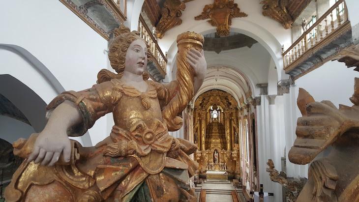 Pormenor na igreja do Mosteiro de Pombeiro, Felgueiras © Viaje Comigo