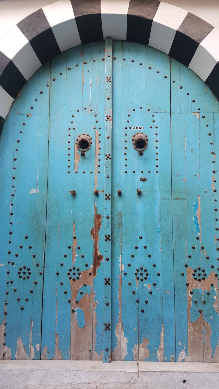 Porta da Medina de Tunes, Tunisia © Viaje Comigo