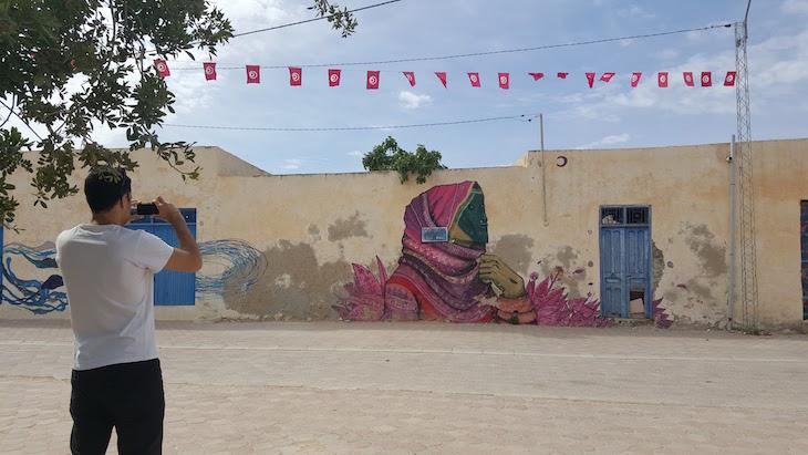 Artista: Saner - Mexico, Djerbahood, Erriadh, Djerba, Tunisia © Viaje Comigo