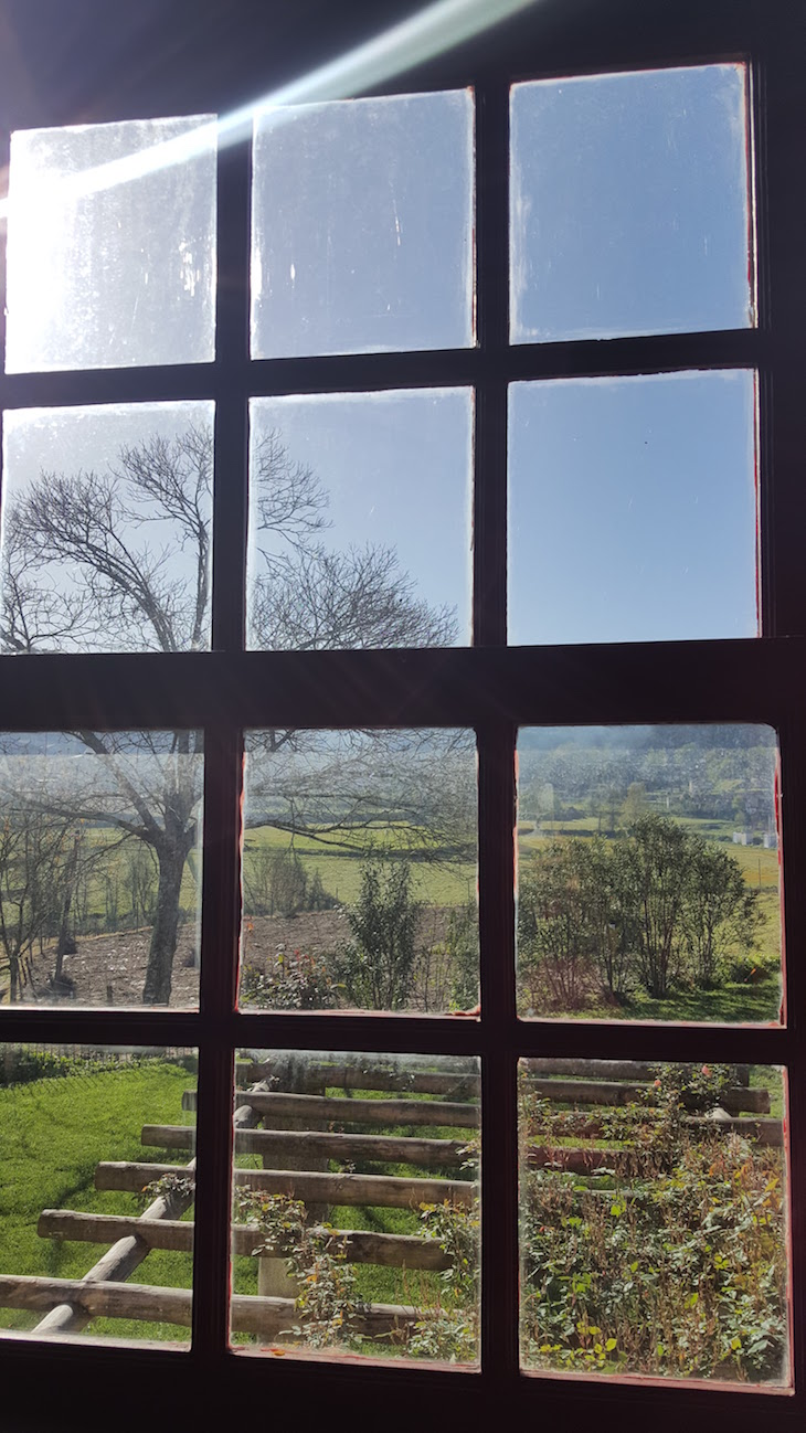 Vista da janela do Paço de Pombeiro, Felgueiras © Viaje Comigo.jpg