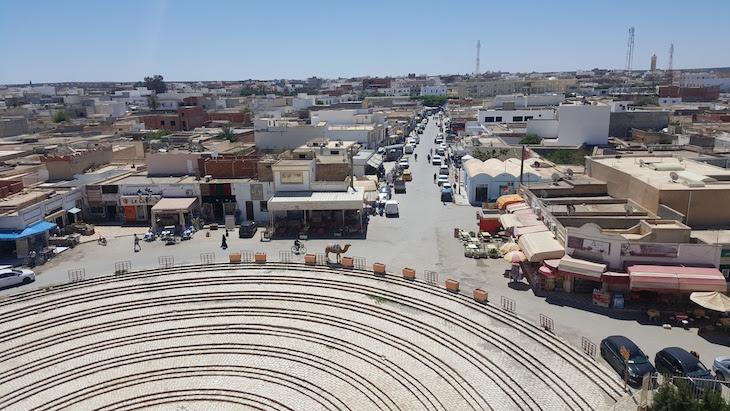 Vista do Anfiteatro El Jem, Tunísia © Viaje Comigo