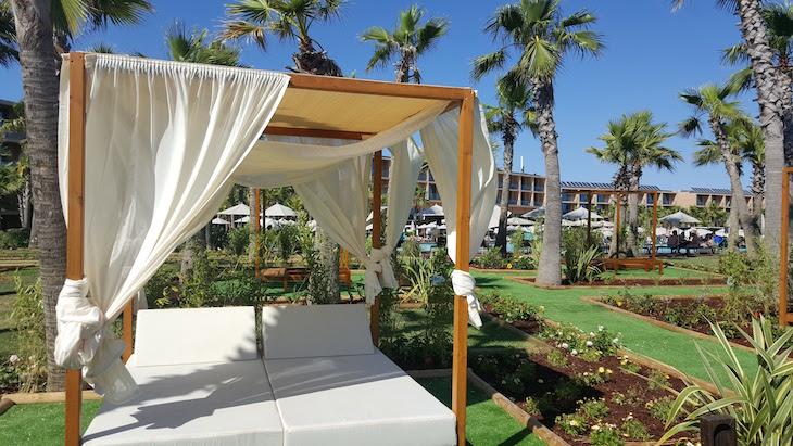 Momento Zen - Cama Balinesa - Vidamar Resort Algarve © Viaje Comigo