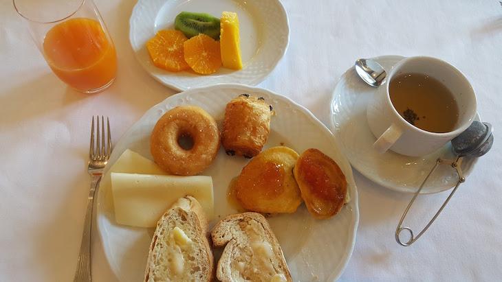 Pequeno-almoço no Vintage House Hotel no Pinhão © Viaje Comigo