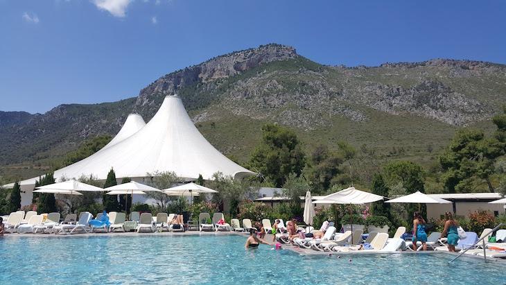 Piscina Club Med Gregolimano, Grécia © Viaje Comigo