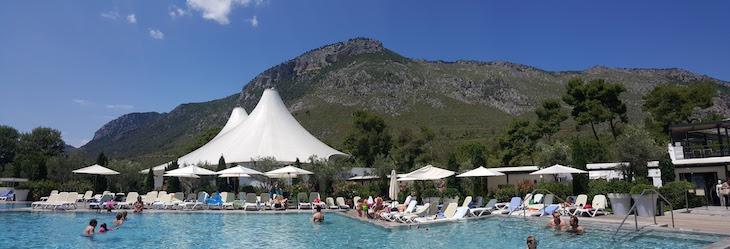Piscina Club Med Gregolimano, Evia, Grécia © Viaje Comigo