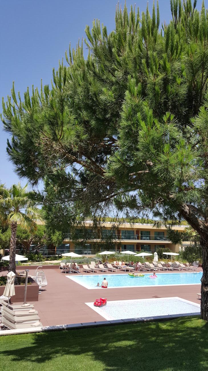 Piscina do Epic Sana Algarve © Viaje Comigo