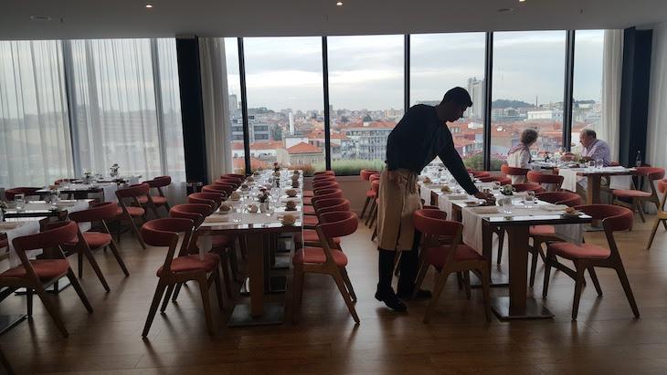 Preparação dos jantares no Portobello Rooftop Restaurant & Bar © Viaje Comigo