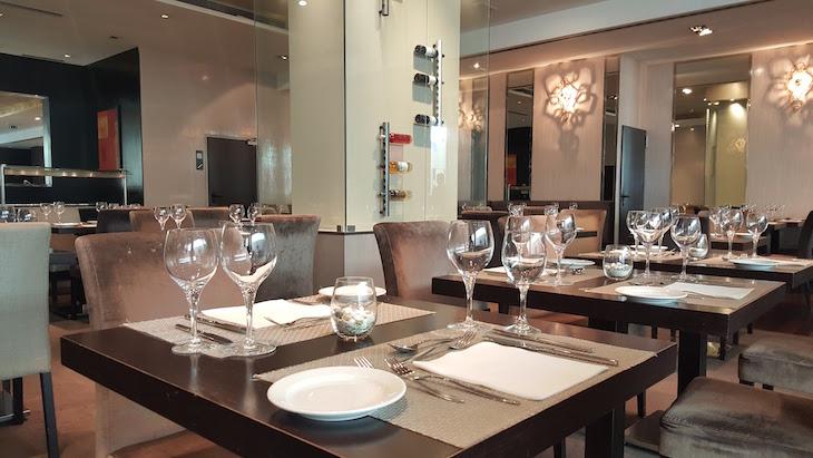 Sala do Restaurante no Czar Lisbon Hotel © Viaje Comigo