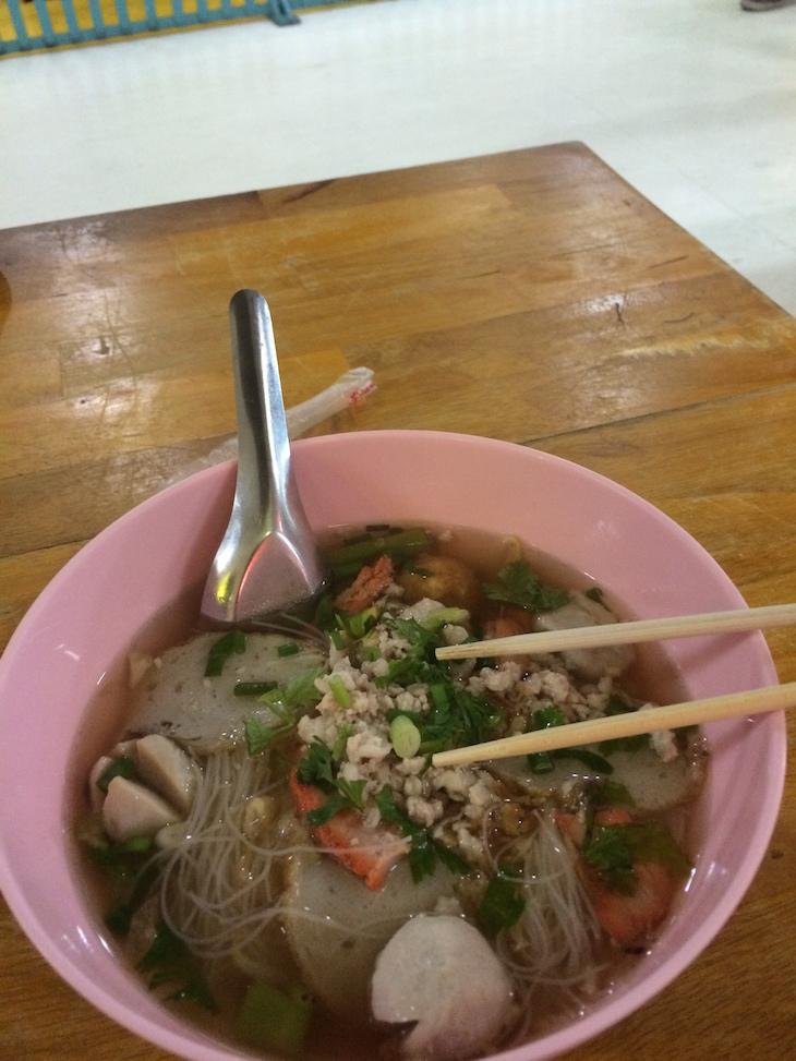 Sopa no MBK Center, Baguecoque © Viaje Comigo