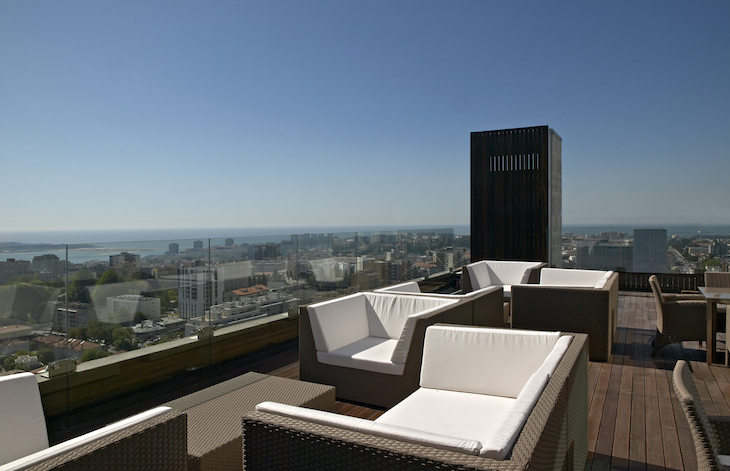 VIP Lounge - Sun Deck - DR