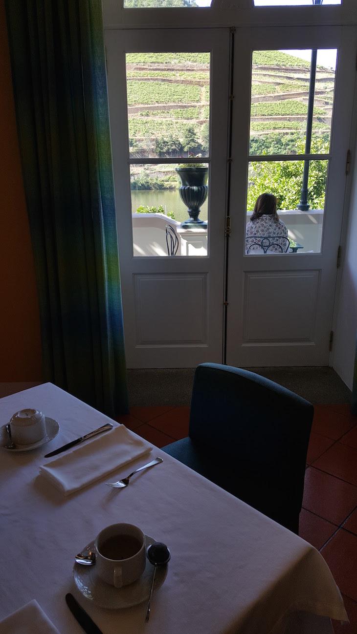 Vista ao pequeno-almoço no Vintage House Hotel no Pinhão © Viaje Comigo