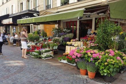 Floristas na Rua Cler, Paris © Viaje Comigo