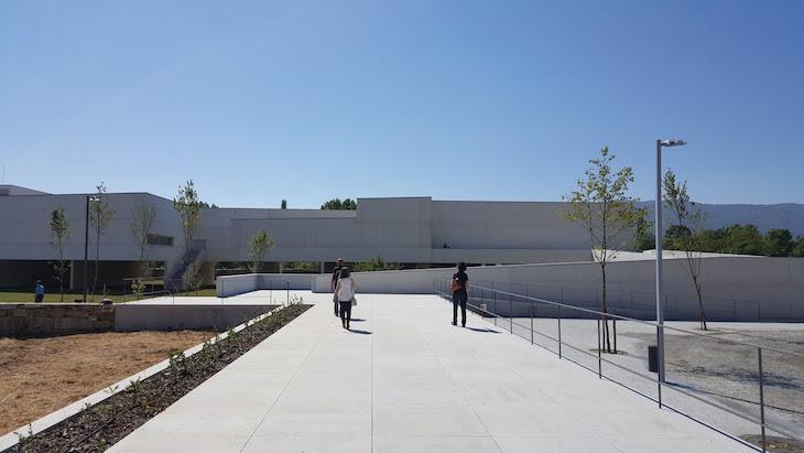Museu de Arte Contemporânea Nadir Afonso, Chaves © Viaje Comigo
