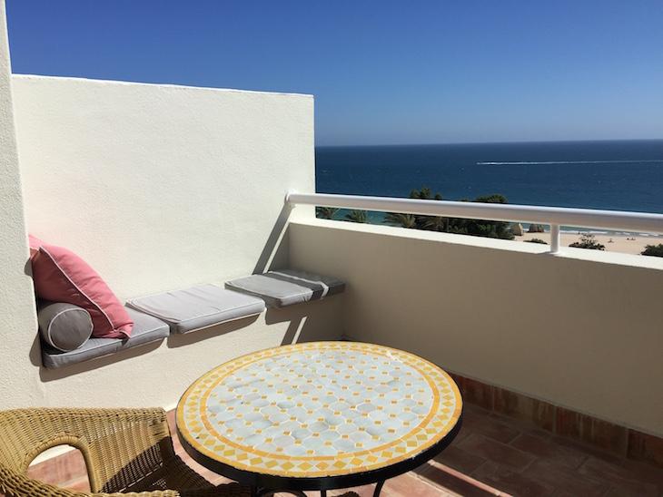 Varanda do quarto, no Hotel Pestana Alvor Praia © Viaje Comigo
