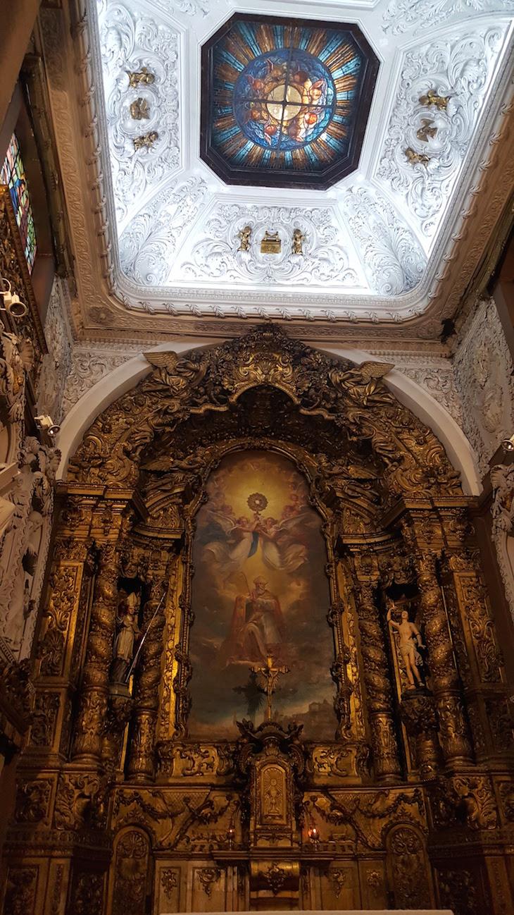 Altar da Igreja de Santo Ildefonso, Porto © Viaje Comigo