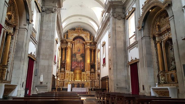 Dentro da Igreja das Almas de São José das Taipas © Viaje Comigo