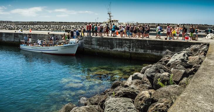 Ilhéu de Vila Franca do Campo - local onde se apanha o barco - Foto: © Ines Marques