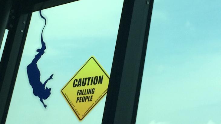 """""""Cuidado, gente a cair"""" - Vista da Torre de Macau © Viaje Comigo"""