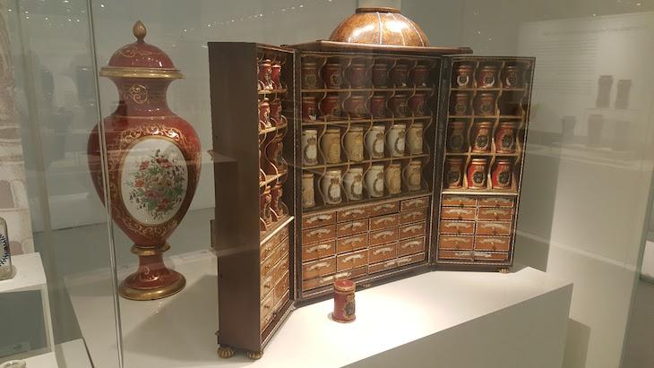 Farmácia portátil - Museu da Farmácia do Porto © Viaje Comigo