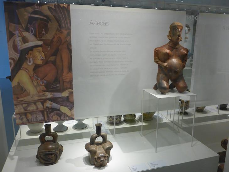 Figura Azteca no Museu da Farmácia © Viaje Comigo
