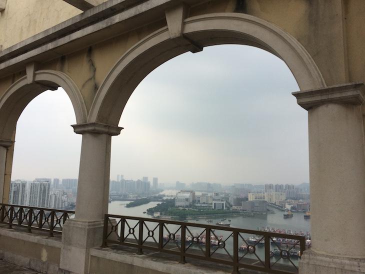 Vista do topo do Sofitel Macau At Ponte 16 © Viaje Comigo
