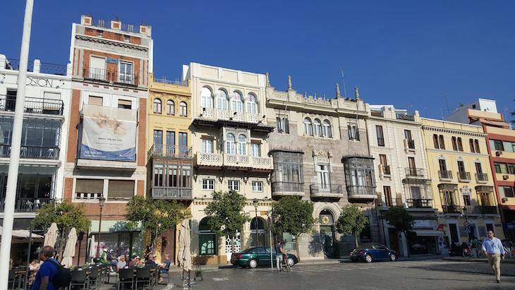 Casas junto do Ayuntamiento - Sevilha © Viaje Comigo