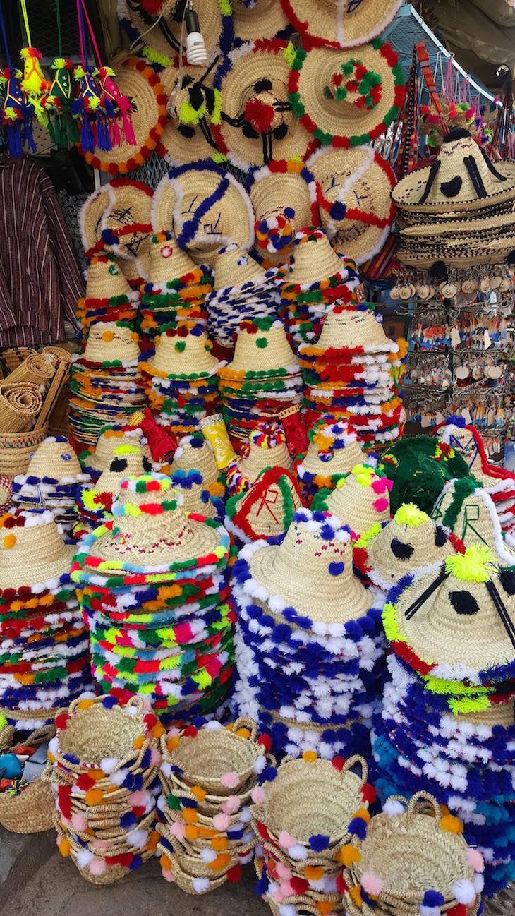 Os chapéus dos agricultores - em Chefchaouen, Marrocos © Viaje Comigo