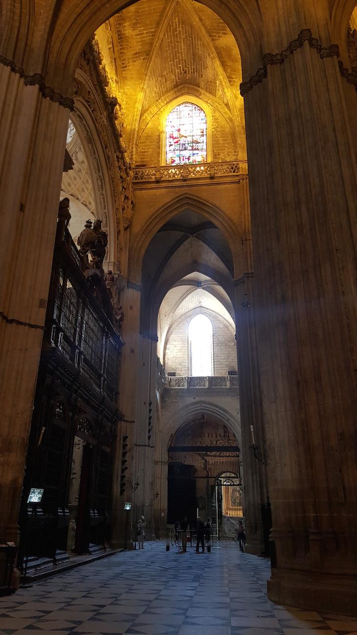 Dentro da catedral de Sevilha © Viaje Comigo