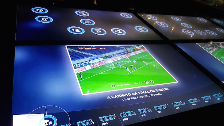 Ecrãs com história - Museu do Futebol Clube do Porto © Viaje Comigo