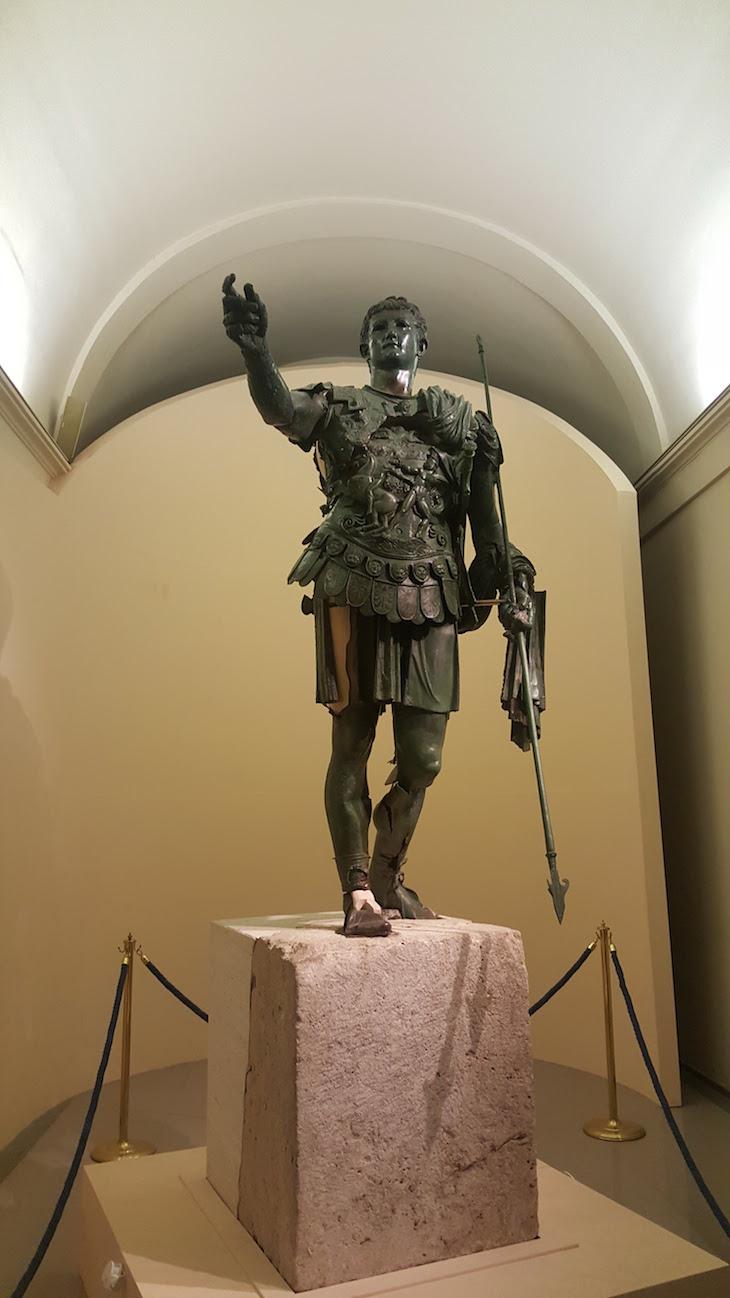 Estátua Germanicus em Amelia - Itália © Viaje Comigo