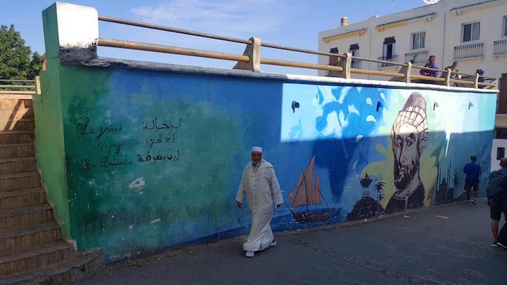 Grafitti com Ibn Battouta - Tânger - Marrocos © Viaje Comigo