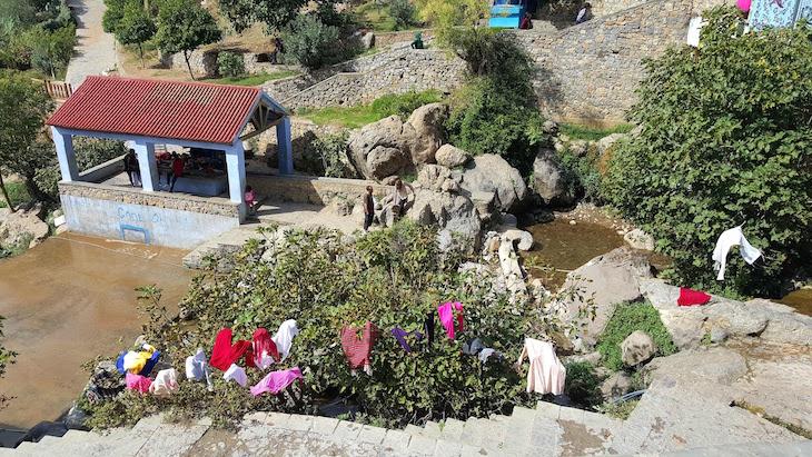 Lavadouro em Chefchaouen, Marrocos © Viaje Comigo