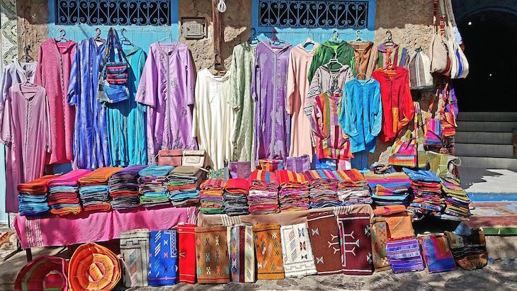 Compras em Chefchaouen, Marrocos © Viaje Comigo