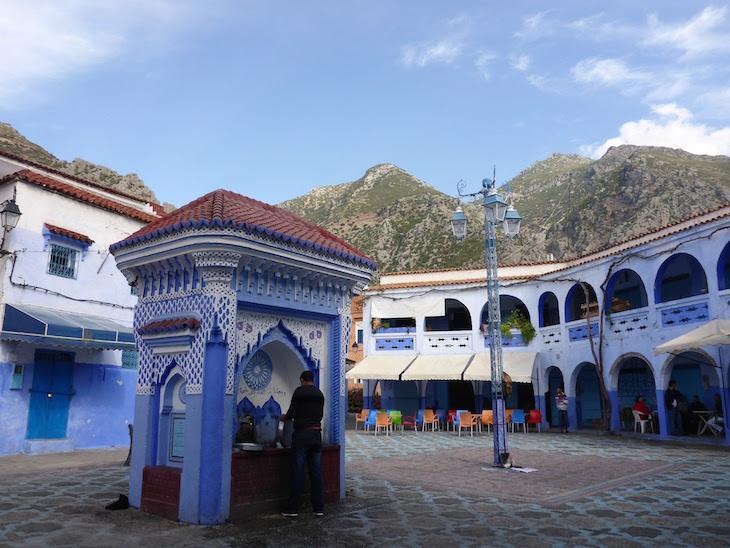 Fontes em Chefchaouen, Marrocos © Viaje Comigo