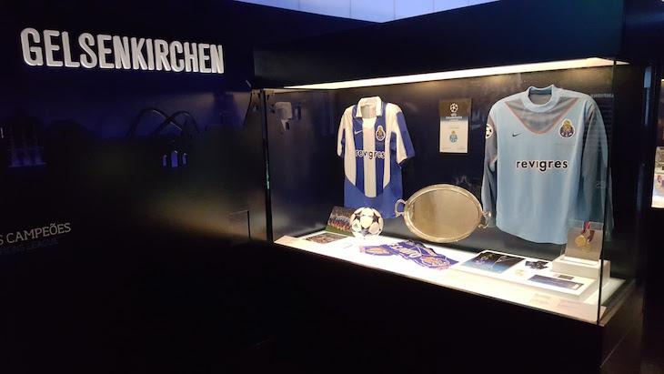 Taça de Gelsenkirchen - Museu do Futebol Clube do Porto © Viaje Comigo