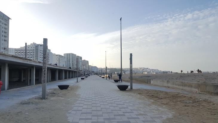 Obras na marginal, junto da praia - Tânger - Marrocos © Viaje Comigo