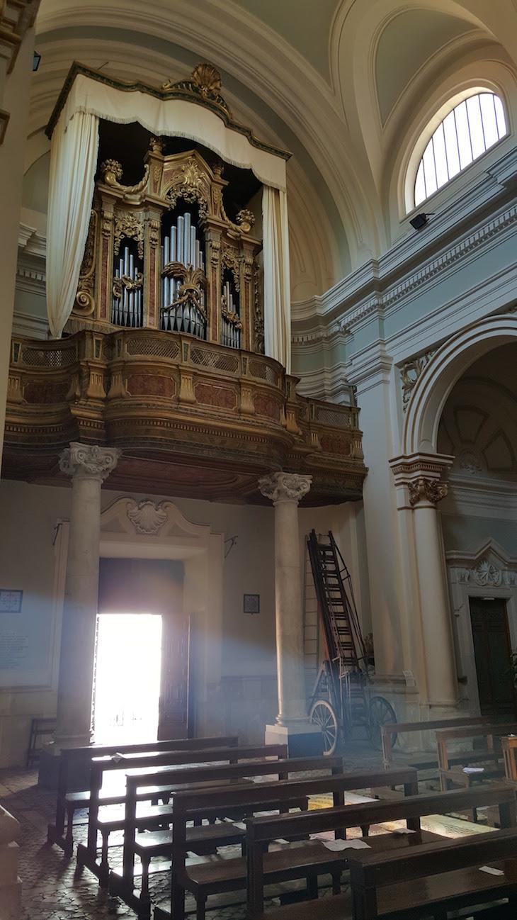 Órgão da Duomo de Civita Castellana - Itália © Viaje Comigo