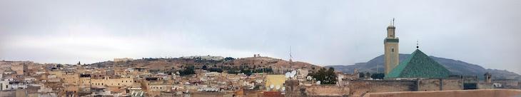 Panorâmica sobre os telhados de Fez - Marrocos © Viaje Comigo