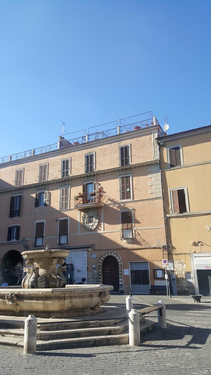 Piazza Matteotti em Civita Castellana - Itália © Viaje Comigo