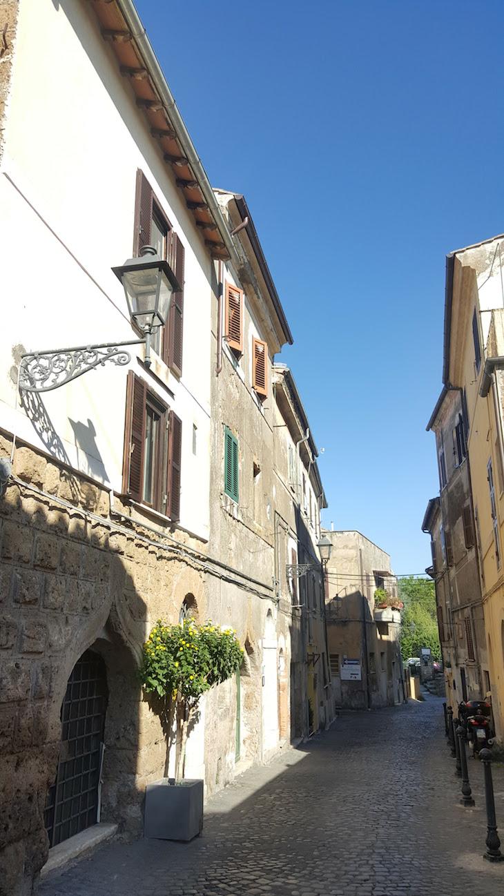 Ruas de Civita Castellana - Itália © Viaje Comigo