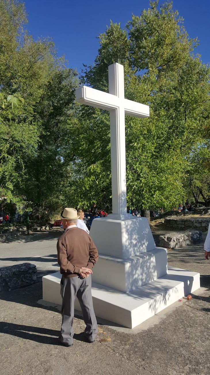 À espera da procissão da Virgen de la Sierra - Cabra © Viaje Comigo