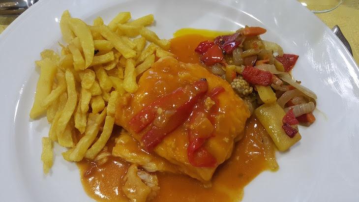 Bacalhau a la Vizcaína - Restaurante Río - Priego de Córdoba © Viaje Comigo