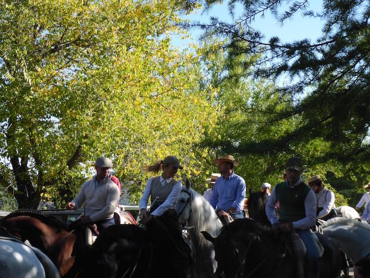 Cavaleiros da procissão da Virgen de la Sierra - Cabra © Viaje Comigo